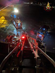 Cerveteri, incendio a Carabetta casa: salvato il custode