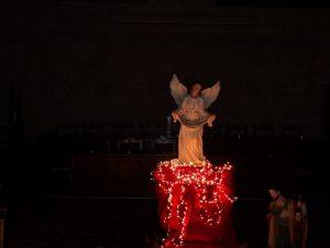Il presepe di Oltrepensiero approda nella sala consiliare del Comune