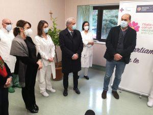 Coronavirus,  entro stasera i primi 40 vaccini anti Covid su 23 medici e 17 infermieri della Asl di Viterbo