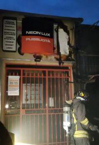 Incendio in via Buonarroti: notte di paura