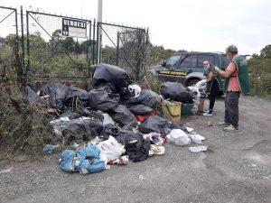 Ladispoli rifiuti abbandonati ai Monteroni, le rabbia delle guardie ecozoofile